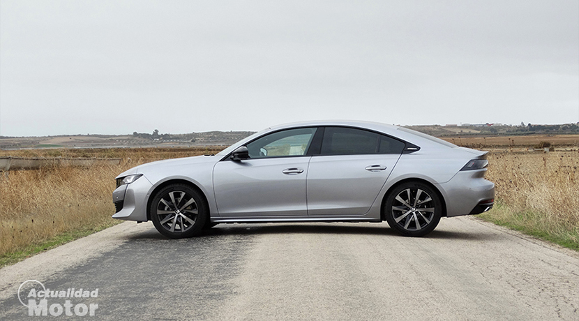 Test Peugeot 508 lateral